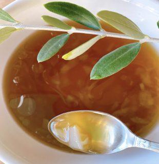 オリーブリーフスープ
